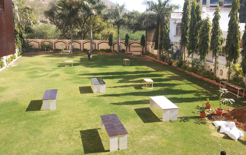 Garden / Play Area